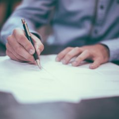 signing-document